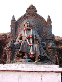 Statue of Chhatrapati Shivaji Maharaj at Raigad Fort