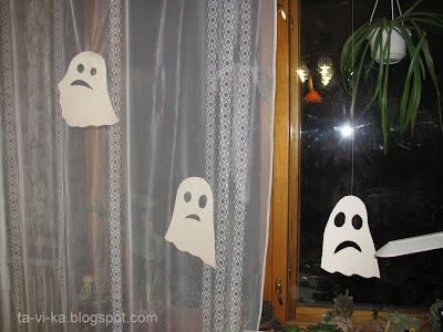 украшение комнаты на Halloween