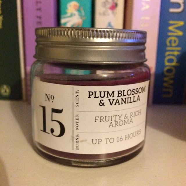 Primark plum candle,