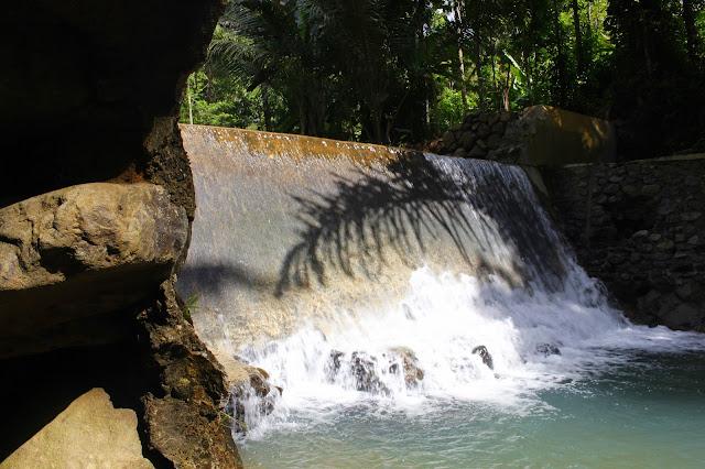 Keindahan Sungai di Desa Kebonharjo, Samigaluh, Kulon Progo