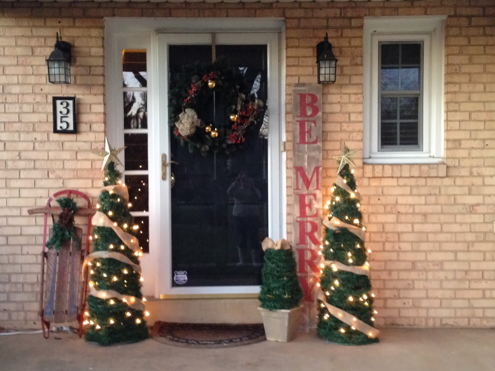 Two It Yourself: $2 DIY Small Potted Christmas Trees from ...