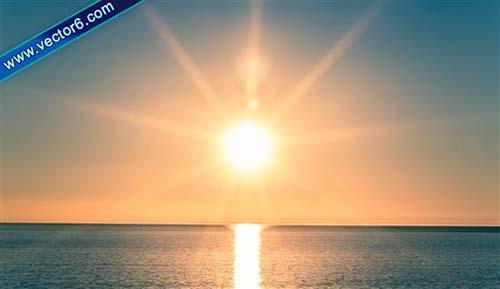 Ánh nắng mặt trời là tác nhân gây tình trạng môi thâm