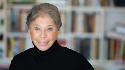 Novela memorialista, ensayo, Novela fáctica, Vivian Gornick
