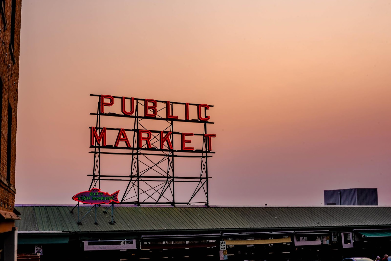 seattle, pike place, travel guide, things to do, travel blogger, travel girl, fashion blogger