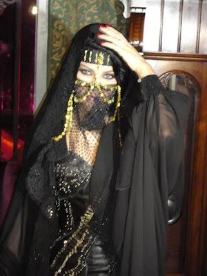hot sexy arabic girls pics arabic traditional dresses