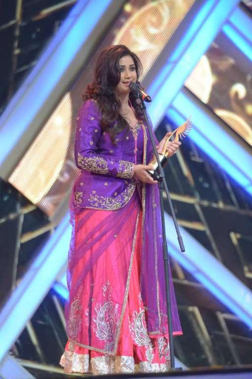 Best Playback Singer Female award went to Shreya Ghoshal for the Malayalam song Kathirunnu
