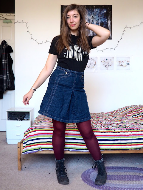Door to Door - Outfit of Twin Atlantic band t-shirt, denim skirt, pink tights & biker boots