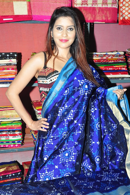 Actress Anchal Singh Launches IKAT  Mela @ Narayanaguda