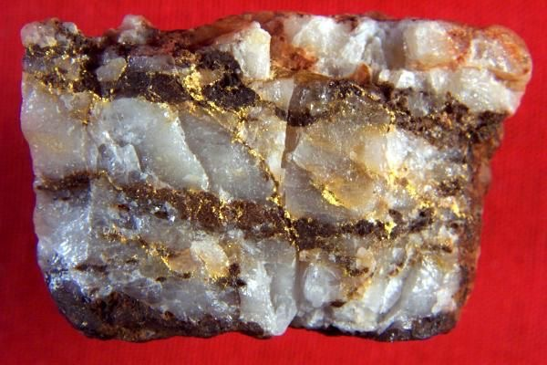 Ouro   Gold