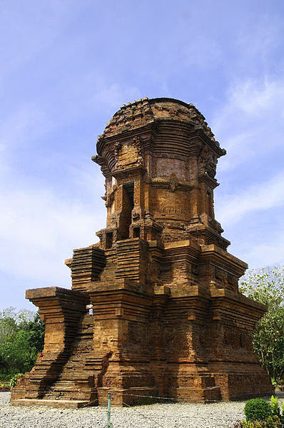 temple in Majapahit