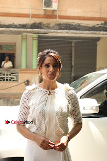Bollywood Actress Bipasha Basu Unviels Health Nutrition Success Issue Pos  0001.JPG