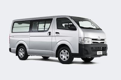 Sewa Toyota Hiace di Bandung di Dago Holiday