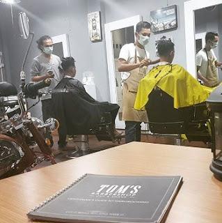 LOKER Barberman TOM'S BARBERSHOP PADANG JANUARI 2019