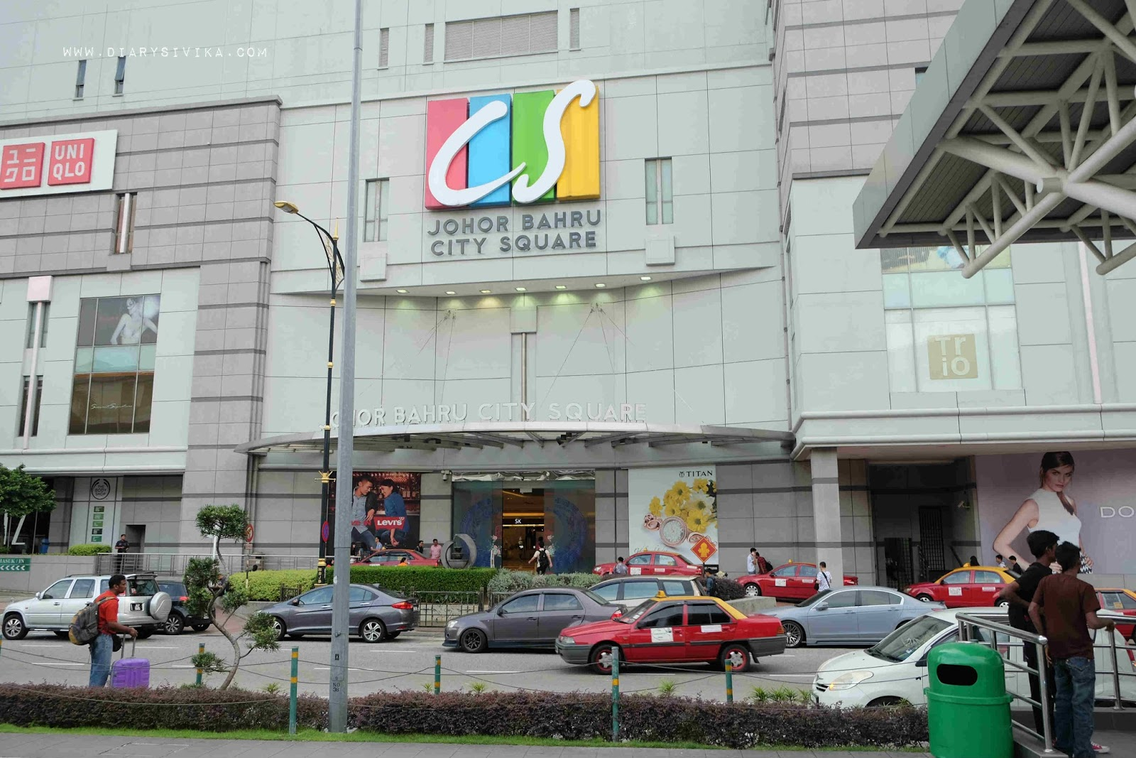 hipster%2Bstreet%2B3 - Tempat Shopping Murah di Johor Bahru Yang Menjadi Favorit