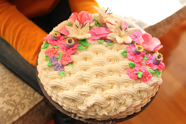 Pixie Crust Flower Basketweave Cake And Announcement