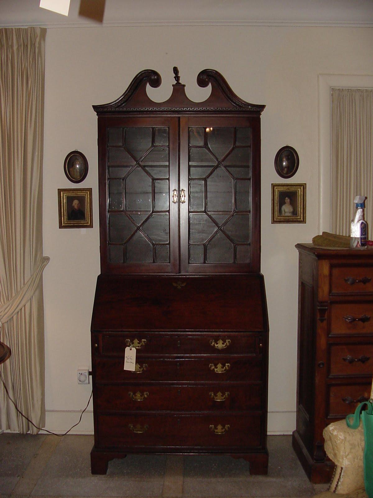 antique mahogany secretary desk A Connoisseur's Corner: A GEORGE III MAHOGANY SECRETARY DESK antique mahogany secretary desk