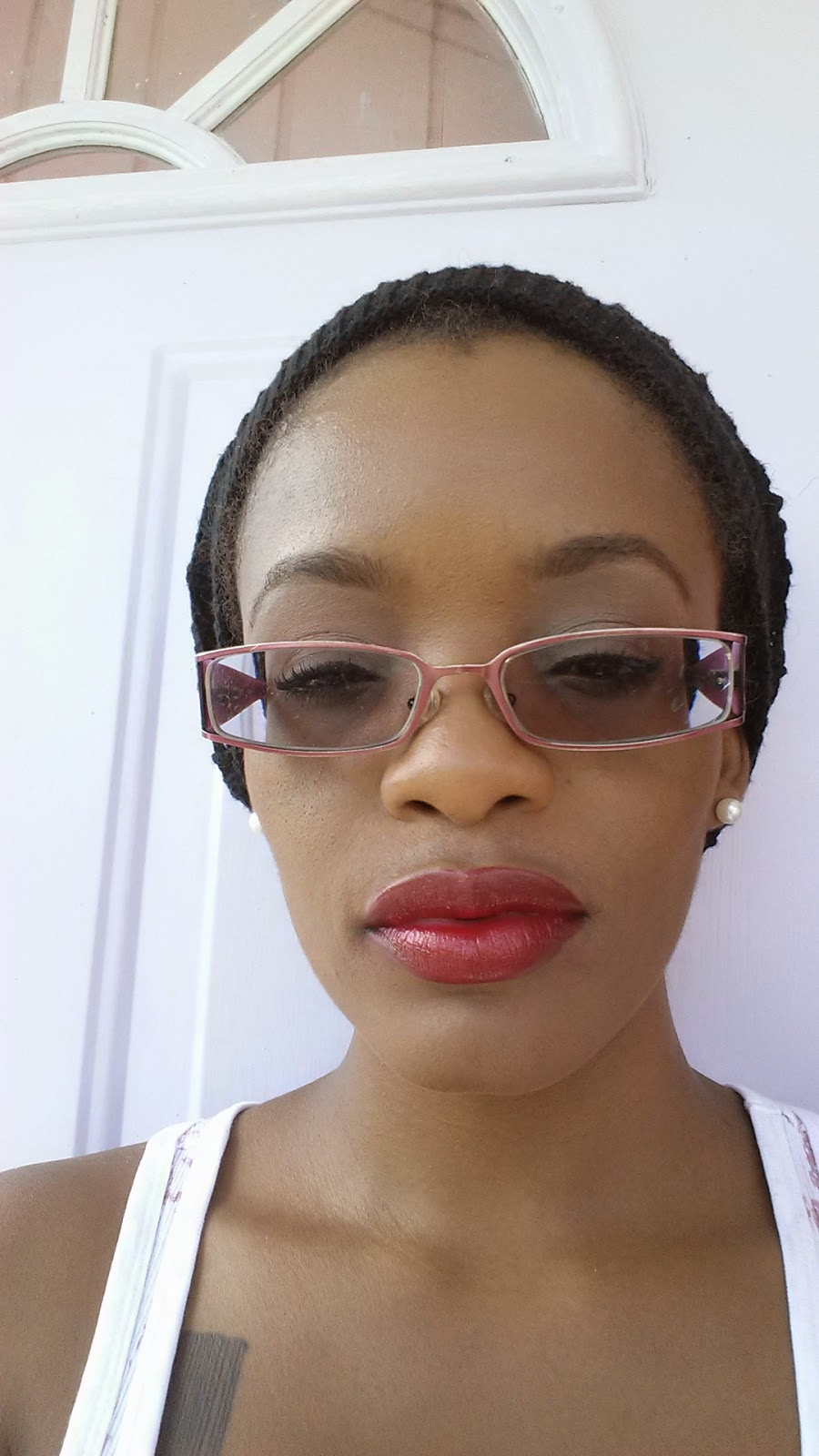 L.A.Colors Lipstick 'CP230' and NYX Lipliner Pencil 'Plum' swatch - www.modenmakeup.com