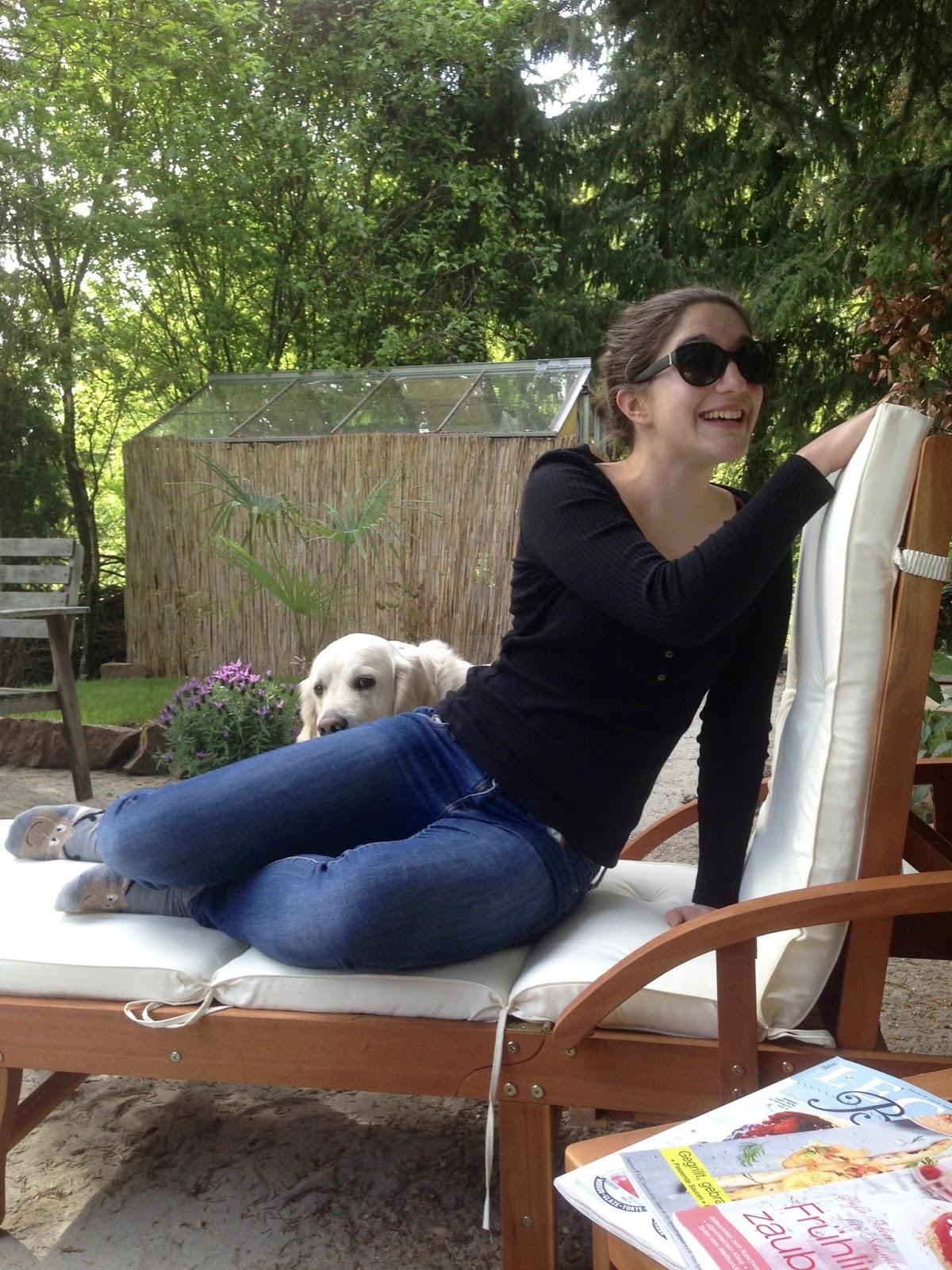 Sophie auf dem Oberen Grillplatz bei uns im Garten