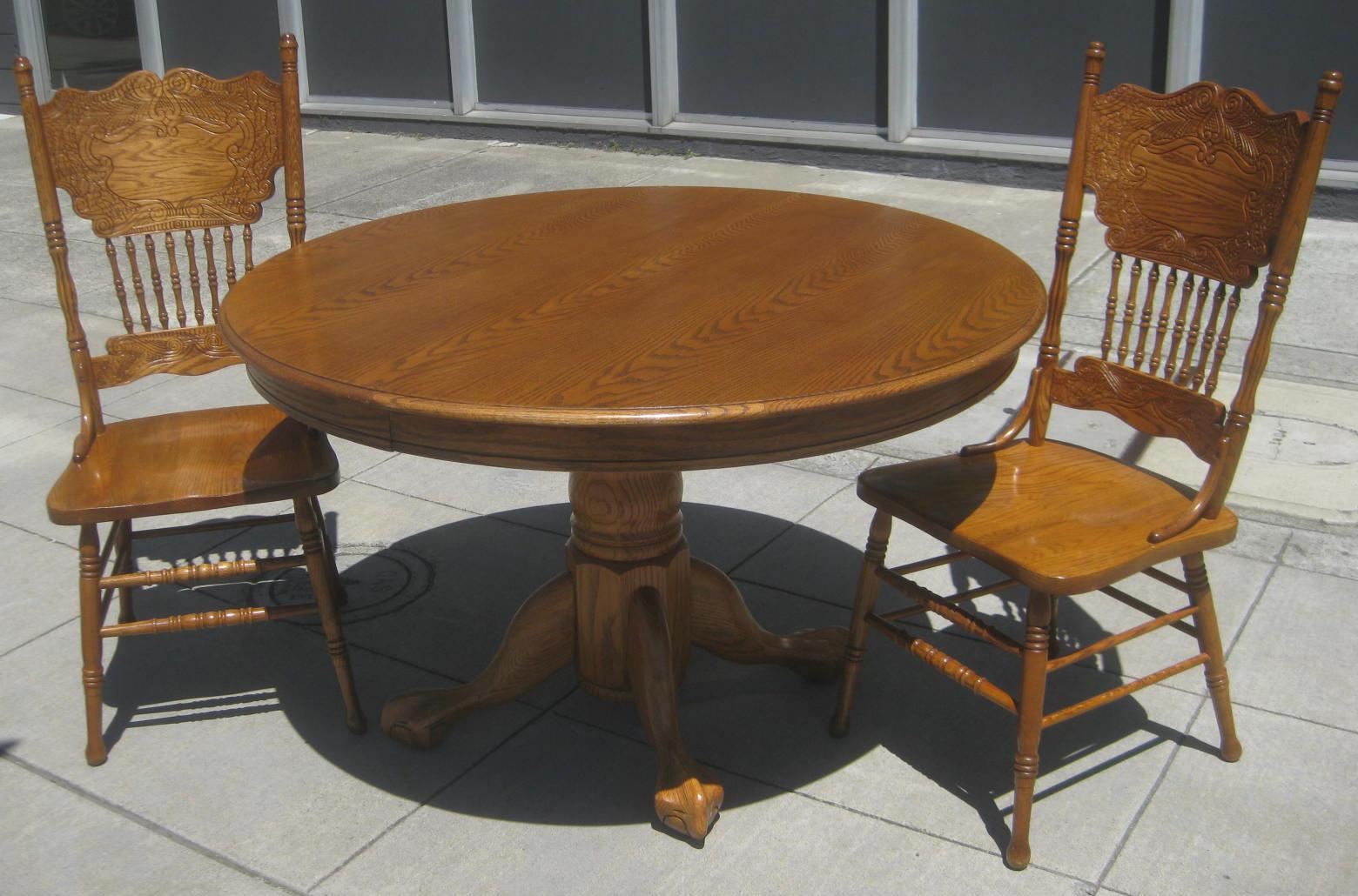 Uhuru Furniture Amp Collectibles Sold Oak Pedestal Dining