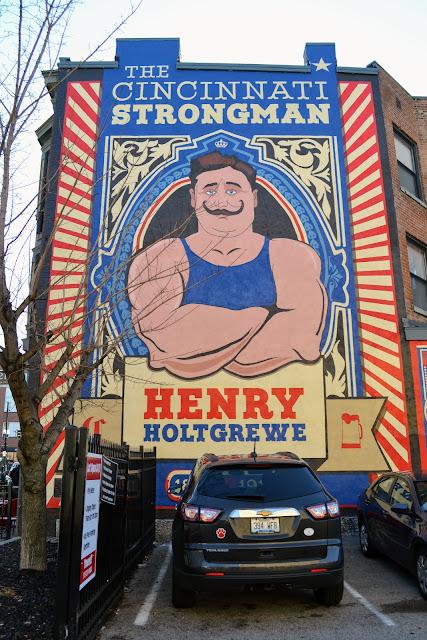Найсильніший чоловік Цинциннаті.Цинциннаті, Огайо (The Cincinnati Strong Man: Henry Holtgrewe. Cincinnati, ОH)