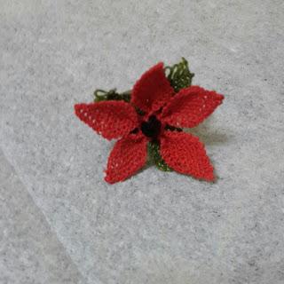 İğne oyası yıldız çiçeği yüzük
