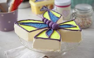 GLITTERY BUTTERFLY CAKE