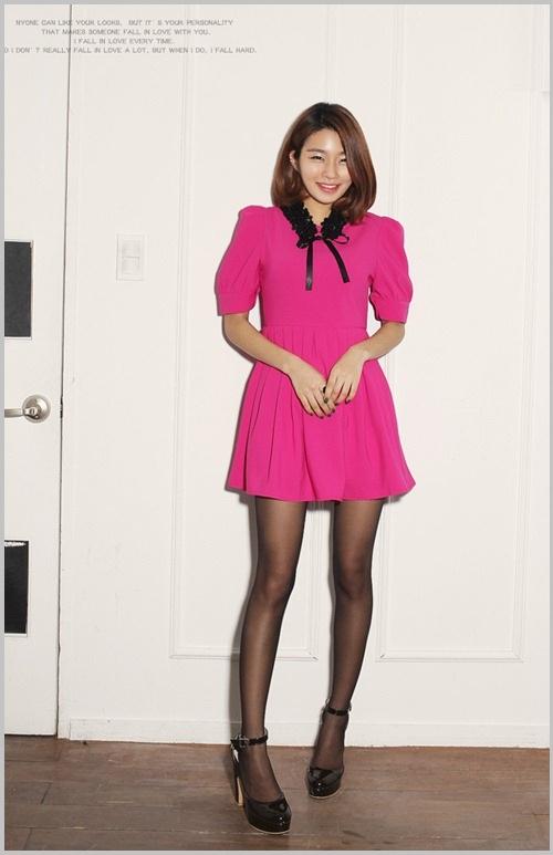 Đầm, váy màu sắc sặc sỡ 5