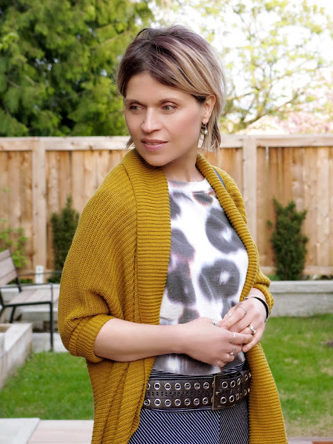 cropped patterned sweatshirt, drapey mustard cardigan, grommet belt