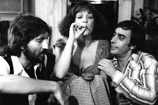 Secuencia de la película: Tigres de papel (1977)