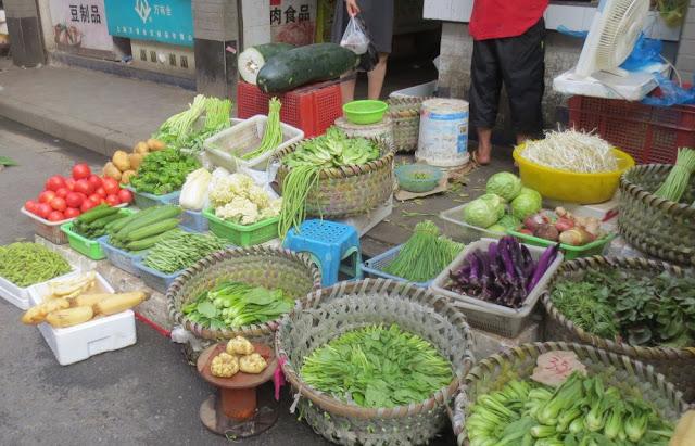 Marktstand in Shanghai - chinesische Gemüse