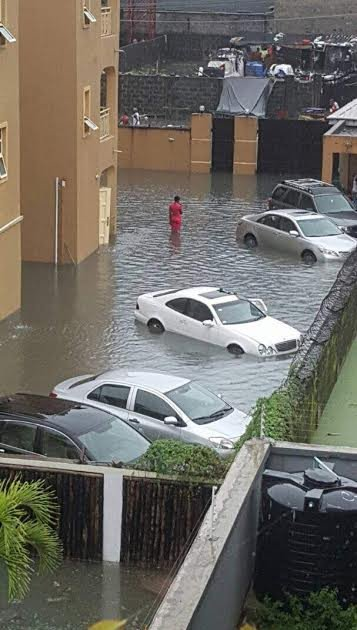 See the hefty repair bill this guy got from his mechanic after his car got damaged in the Lekki flood
