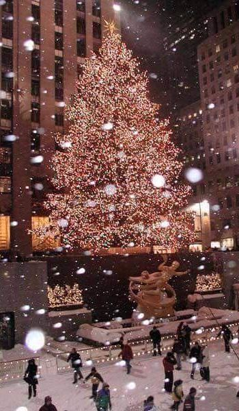 Christmas decorations New York