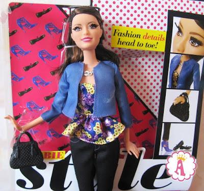 Кукла Ракель из серии Barbie Style Raquelle Blue Jacket Doll