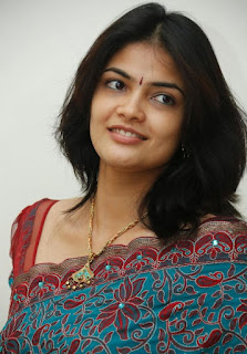 Actress Kalpika Ganesh Profile Family Biography Age Biodata Husband Photos