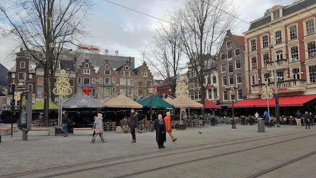 Leidseplein Square during day time