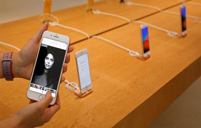 ثغرة-جد-خطيرة-يمكن-أن-تفتح-أي-هاتف-آيفون-iOS