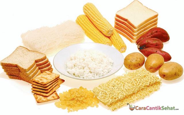 perut kecil dengan diet karbohidrat sederhana