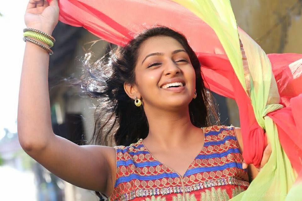 Lakshmi Menon Bra Size, Age, Weight, Height, Measurements