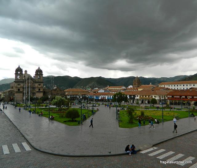 Praça de Armas de Cusco, ponto de partida do City Tour