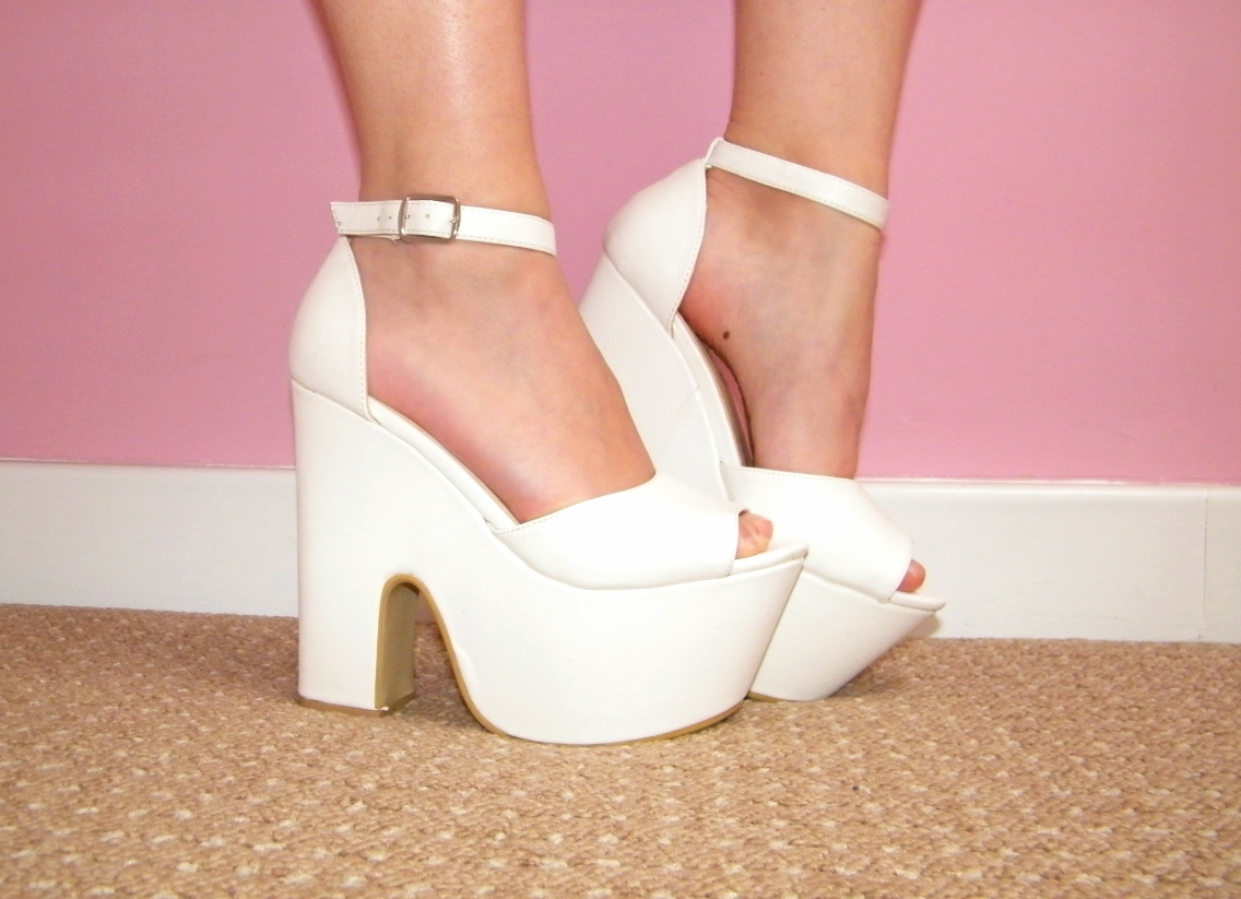 White eBay Platforms