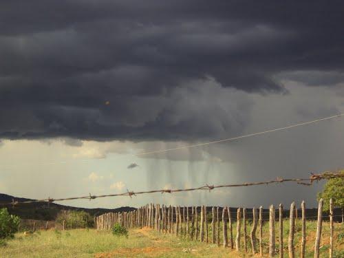 Resultado de imagem para chuva no ceará em 2017