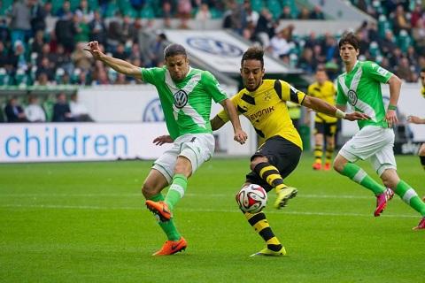 Dortmund đã có một trận đấu quyết liệt nhưng vẫn thua trước Wolfsburg