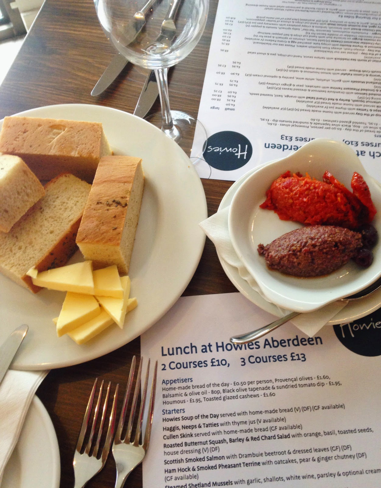 Lunch menu at Howies restaurant Aberdeen