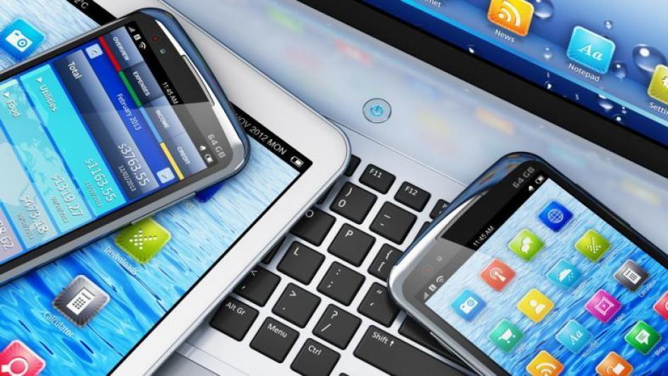 34baf780466a9 يركّز بعض المجرمين على سرقة معلوماتك مثل تفاصيل حساباتك المصرفية أو رسائل  البريد الوارد أو كلمات المرور، في حين قد يتّجه آخرون إلى البحث عن طرق  للسيطرة على ...