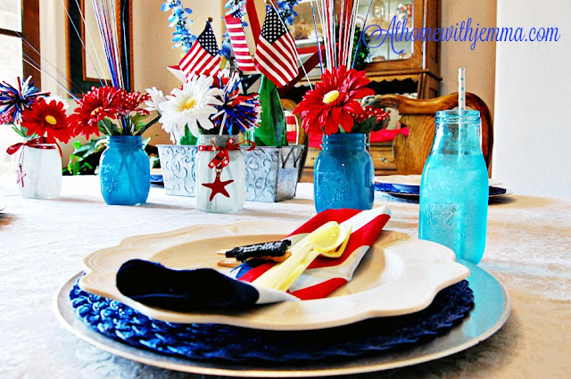 star, red, blue, white , flowers, silver, flags, white plates, napkins