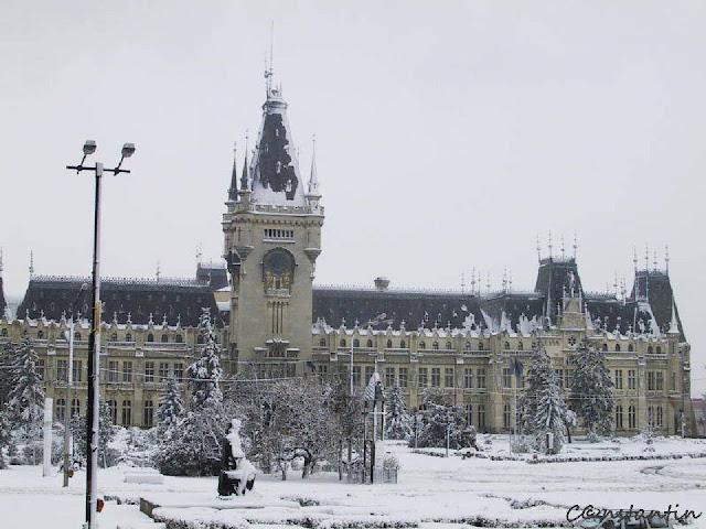 Palatul Culturii - iarna anului 2000 - blog FOTO-IDEEA