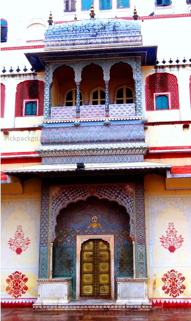Riddhi- siddhi Pole Gate denoting the winter season  Jaipur city Palace - Rajasthan, India - Pick, Pack, Go
