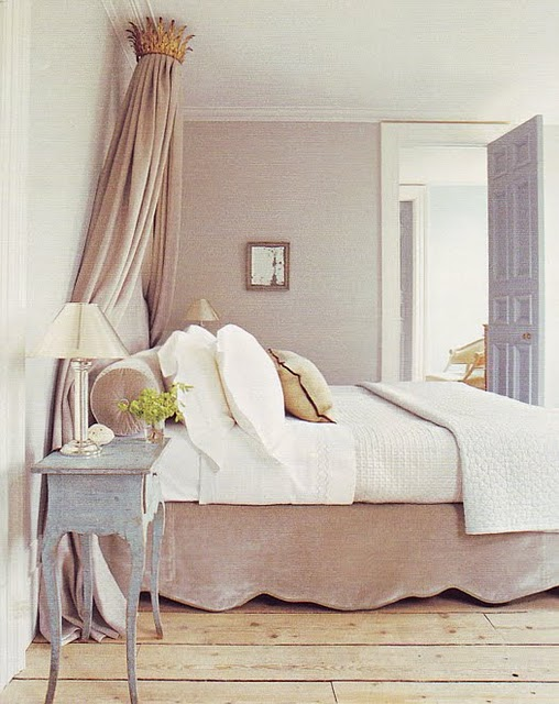 How Do I Love Thee: Crown Canopy Beds