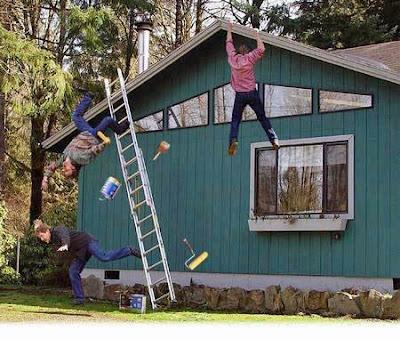 Hobby Heimwerker bei der Arbeit - lustige Bilder Malern