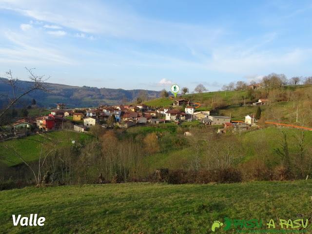 Senda del Chorrón y Foz del Río Valle: Población de Valle, Piloña